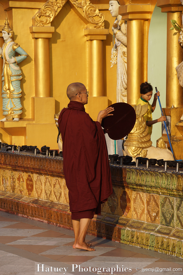 Shwedagon Pagoda, Yangon by ©Hatuey Photographies