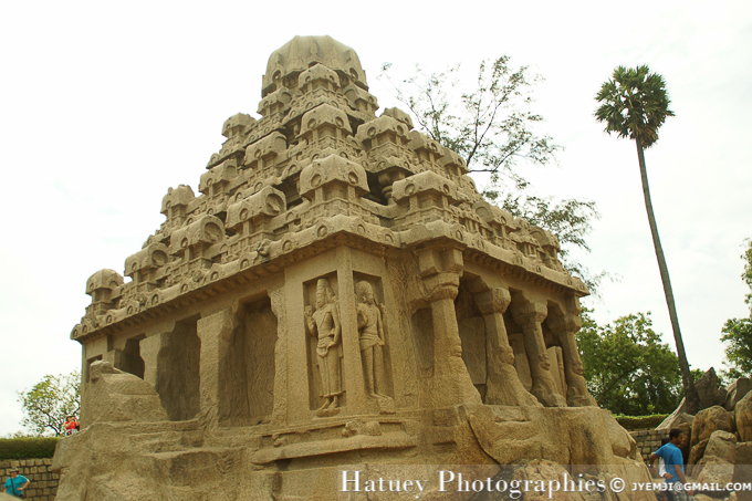 Mahabalipuram ,Five Rathas, Tamil Nadu. Southern India,Tourism in South India. Pictures of Southern India,Photographs of South India. Photographies en Inde du Sud par © Hatuey Photographies