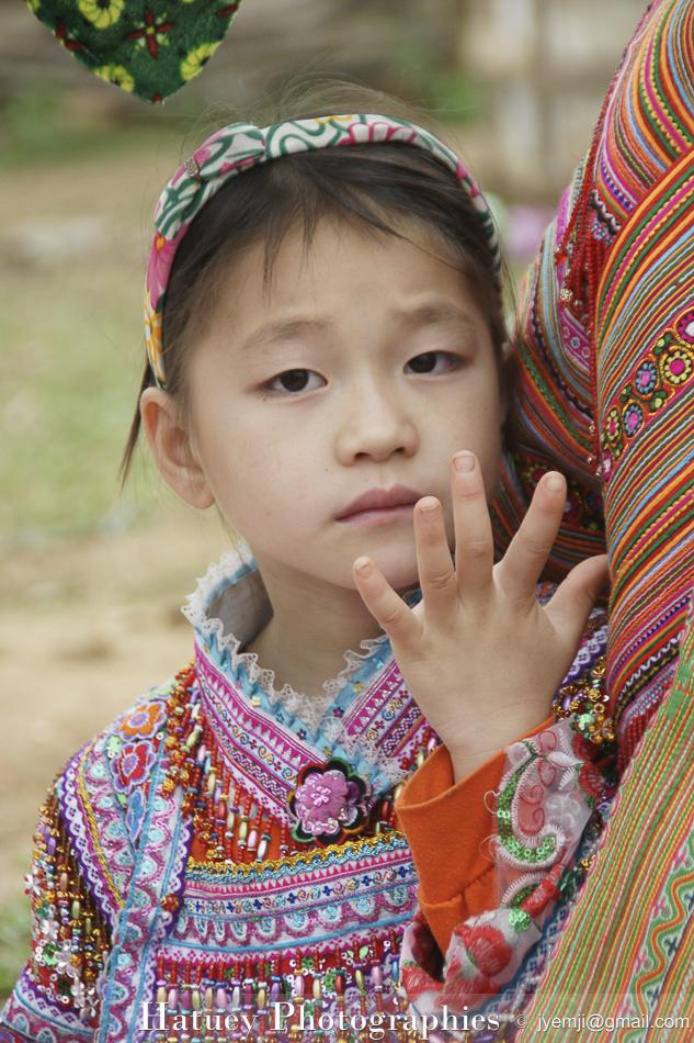 Marché des Hmongs fleuris à Coc Ly © Hatuey Photographies