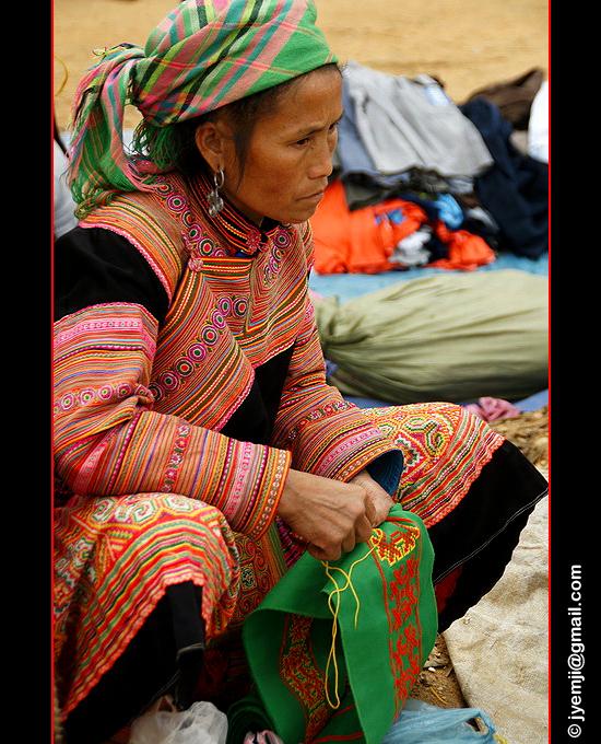 © Hatuey Photographies Photographies du Marché de Coc Ly parmi les minorités Hmongsfleuris