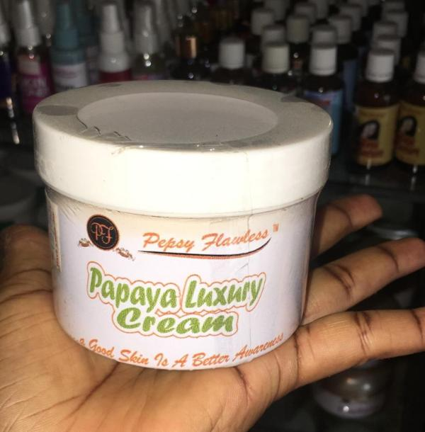 Papaya Luxury Cream