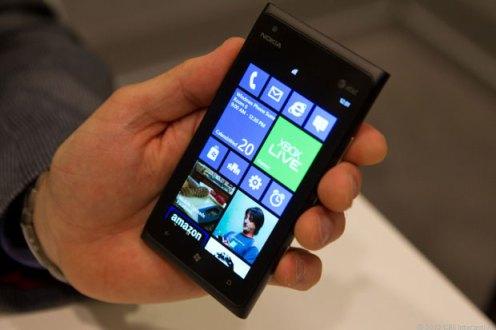 Windows Phone8 - Microsoft promete loja de aplicativos completa para Windows Phone