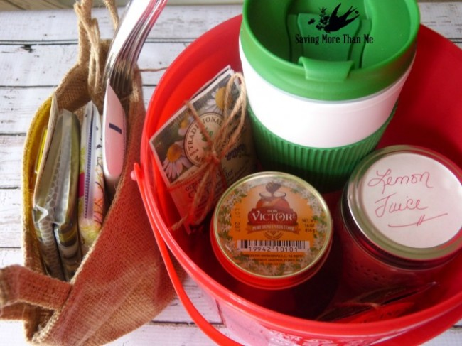 Make A Winter Survival Gift Basket With Honey, Tea, and Me #HoneyForHolidays #DonVictor #Ad winterandsparrow.com