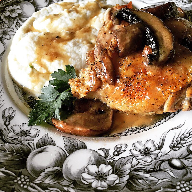 Chicken Thigh Recipes: Braised Chicken With Portobello Mushrooms #chickenthighrecipes #chickenrecipe #chickenrecipes | winterandsparrow.com