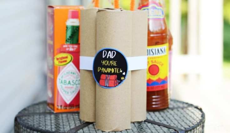 DIY Dynamite Father's Day Hot Sauce Gift