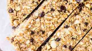 Favorite Homemade Granola Bars Recipe