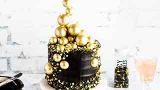 Glam New Year's Eve Cake