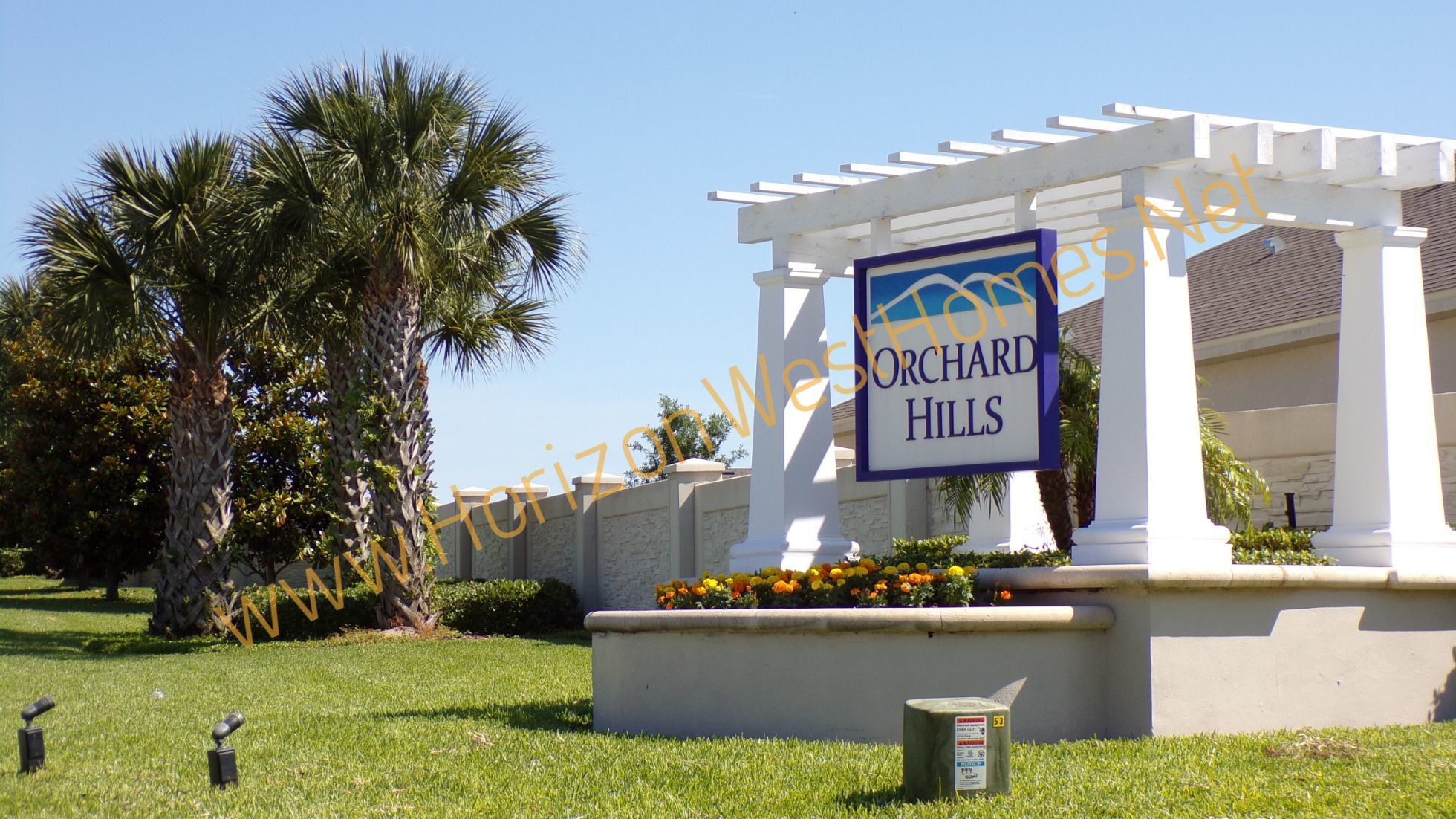 Orchard Hills Winter Garden Florida Entrance Off Tiny Road. Rich Noto Real Estate. Homes for sale in orchard hills.