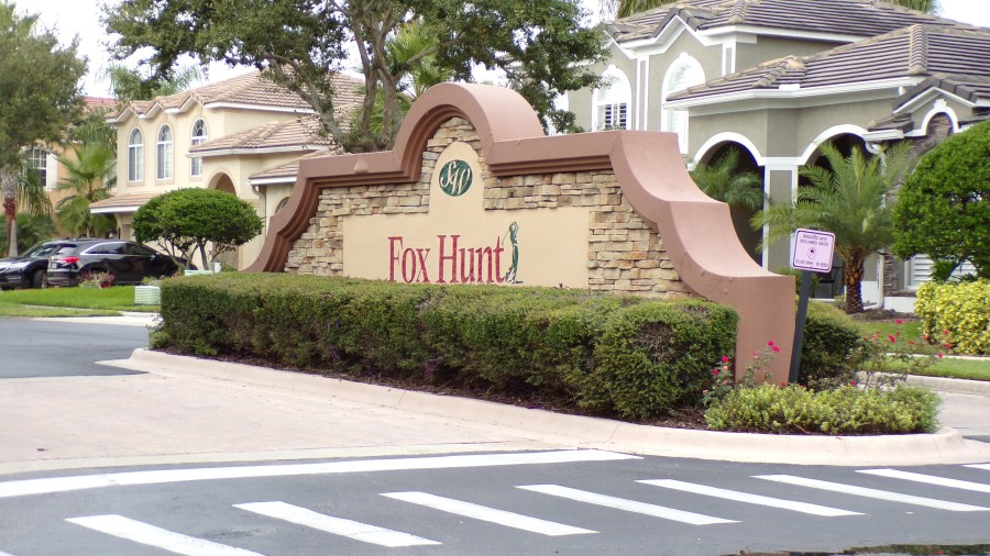 Fox Hunt in Stoneybrook West Golf Club. Real Estate for sale. Rich Noto