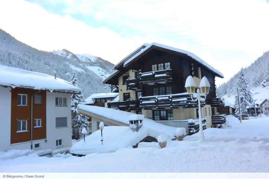 Hotel Baergsunnu **Saas-Grund, Zwitserland.