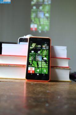 A100W Lumia 640