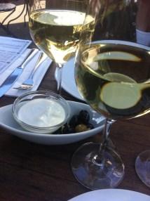 Wein und Beilagen
