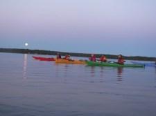 Idealny księżyc na nocne pływanie (fot. Aleksander Czerwonajcio)