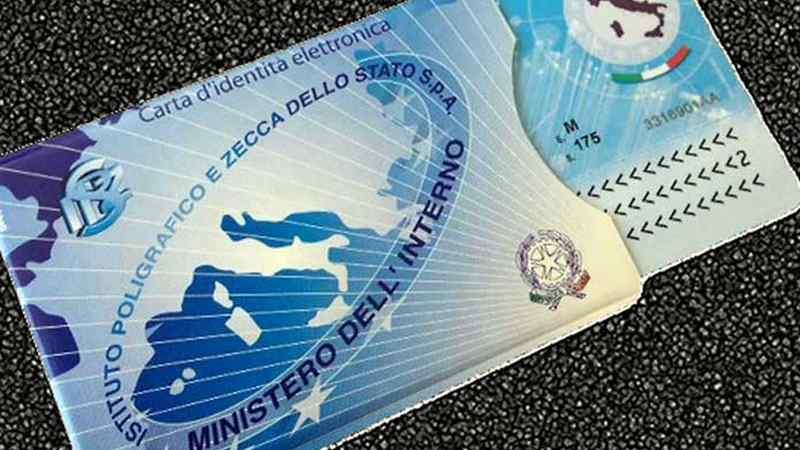 Come Fare La Carta Di Identità Elettronica A Milano Initalia