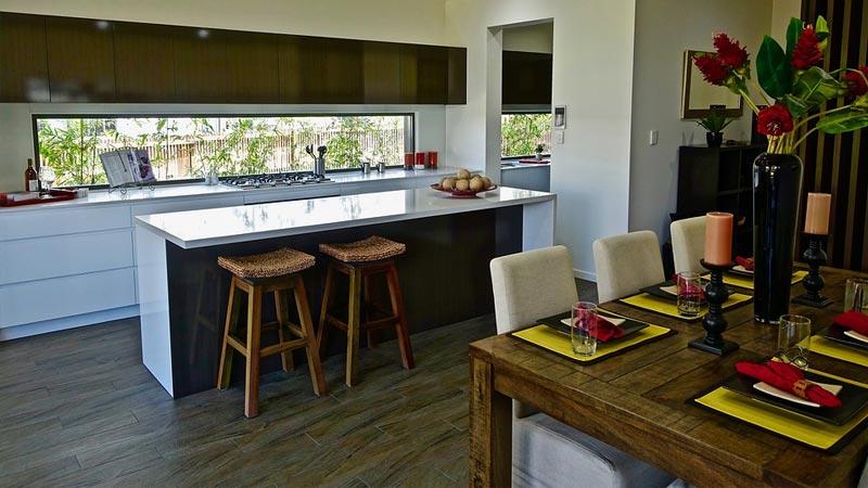 Più tradizionale la scelta di realizzare la cucina in una tinta e il soggiorno in un altra, in contrasto. Cucina E Soggiorno In 25 Mq Come Progettare L Open Space