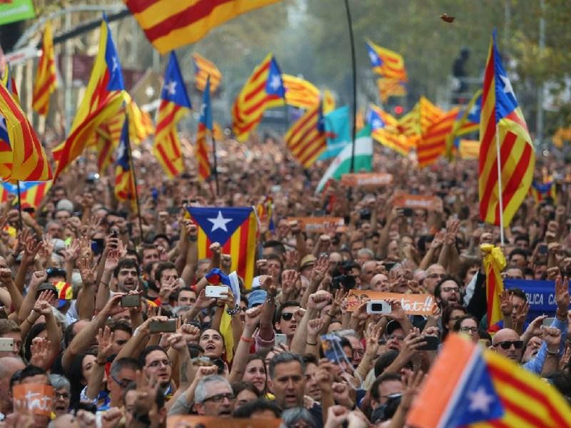 Crisis en Catalunya, Mariano Rajoy, independencia de Catalunya, Incertidumbre por crisis en Catalunya