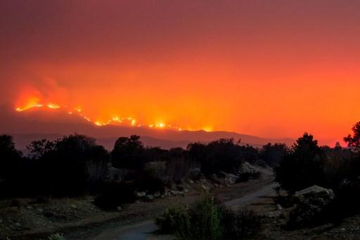 Estados Unidos en fase crítica por incendios en California 000_UY2J0