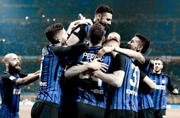 Inter de Milán líder en Italia