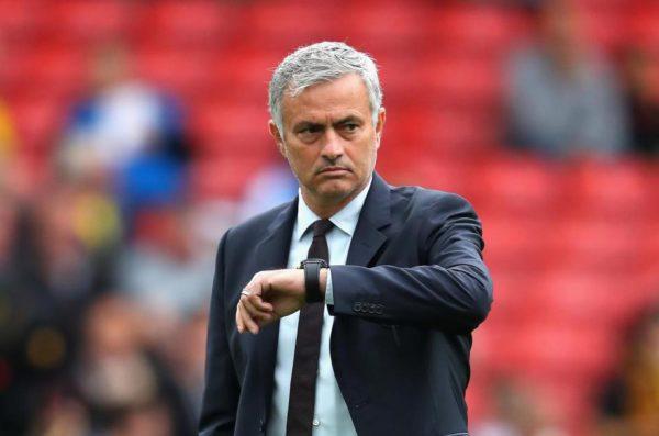 José Mourinho tiene contrato