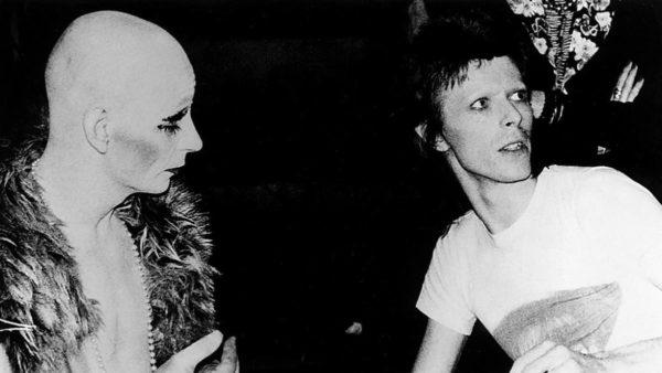 David Bowie: el ícono andrógino de la música, la moda y la sexualidad lindsay-kemp-the-man-who-taught-bowie-to-dance-1455557967-600x338