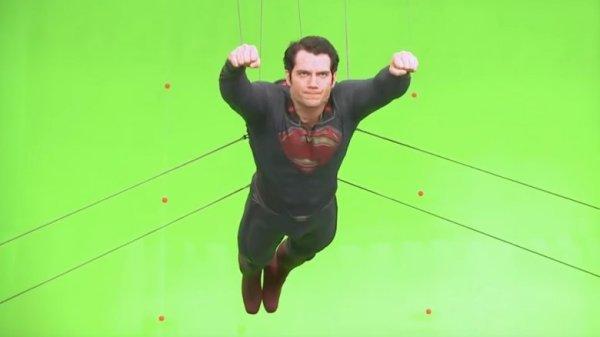 Misterio resuelto: Así se hacen las películas antes de los efectos especiales man-of-steel-2013-1510675666-600x337