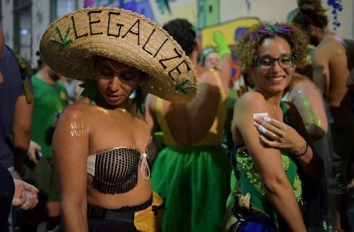"""""""No es no"""": la campaña contra el acoso en el Carnaval de Río de Janeiro 000_Z99KF"""