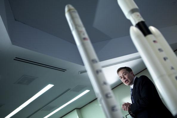 3, 2, 1... prepara SpaceX el primer lanzamiento del cohete Falcon Heavy 111667809