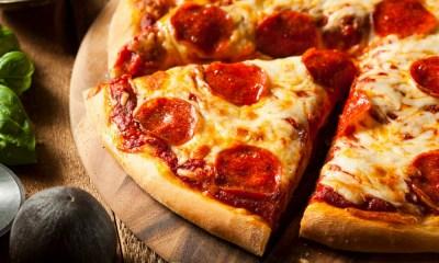 abogado recibe cientos de pizzas anónimas