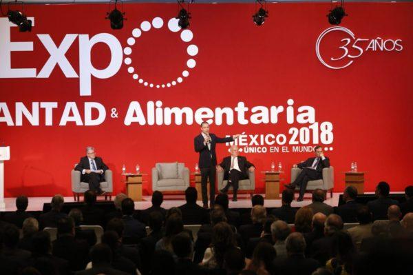 Contra la corrupción y la impunidad, Ricardo Anaya habló ante la ANTAD 180306-RAC-ANTAD-02-600x399