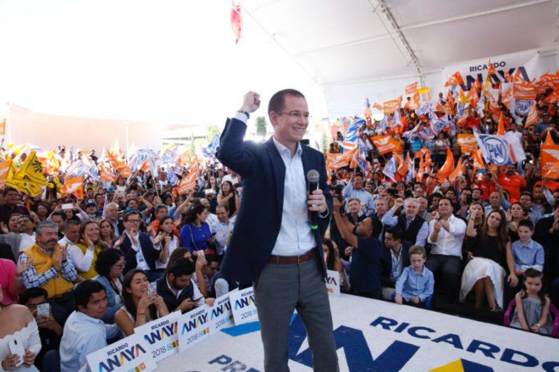 Ricardo Anaya se registró como candidato presidencial ante el INE BAA841DC-BB3B-4898-BB6E-6C5D9B4E4E33