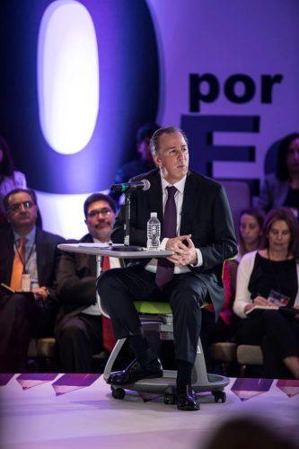 José Antonio Meade enfatizó la necesidad de dotar a los maestros de recursos económicos y didácticos meade-educaci%C3%B3n-2-333x500