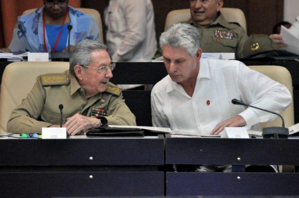 Adelantan la elección del sucesor de Raúl Castro en Cuba 000_13W6CL-600x398