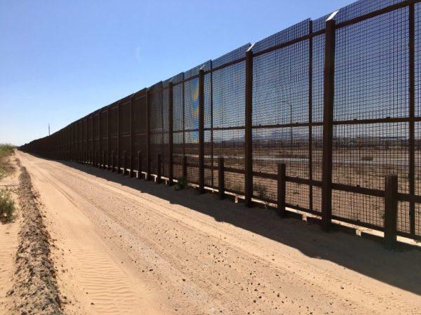 México reforzará  frontera sur con más gendarmes ante amenaza de Trump 000_13W7Y4-600x449