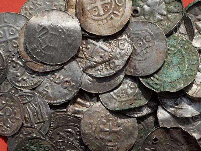 Niño de 13 años descubre tesoro vikingo 1899805