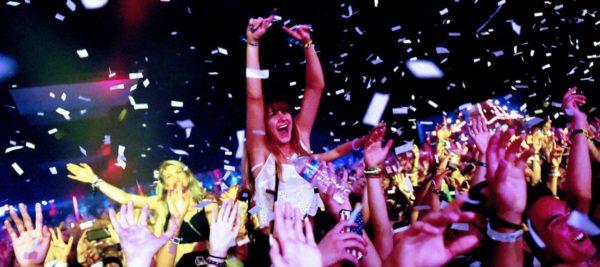 Estudio revela que las personas que van a conciertos viven más shutter_cover-600x267