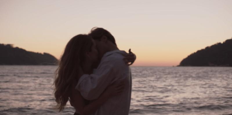 """Luismi ve por última vez a su madre y encuentra el amor en el onceavo capítulo de """"Luis Miguel, la serie"""" Captura-de-pantalla-2018-07-02-a-las-08.05.13"""