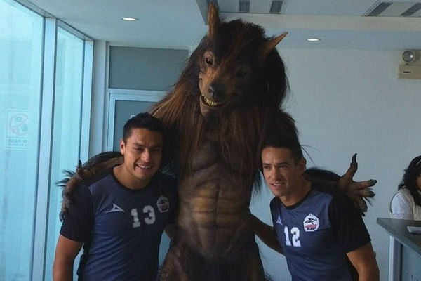 Guillermo del Toro negó haber creado la mascota de Lobos Buap Dise%C3%B1o-sin-t%C3%ADtulo-299