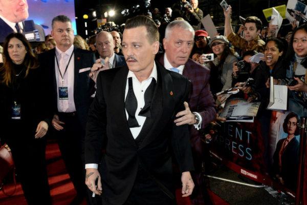 Johnny Depp es acusado de atacar a un miembro de 'City of Lies' n%CC%83lkjhgfdsa-600x400