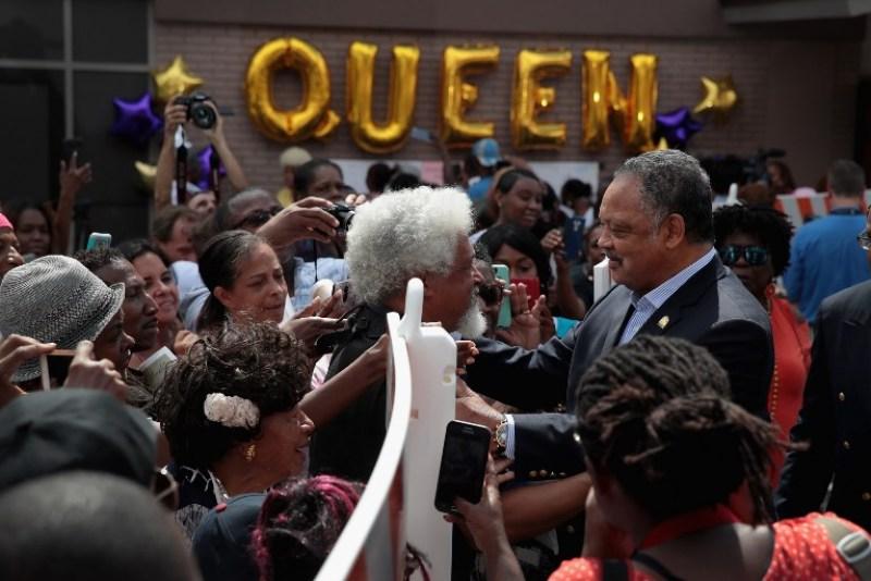 Los fans despidieron a Aretha Franklin con una emotiva ceremonia 063_1025315472-600x400