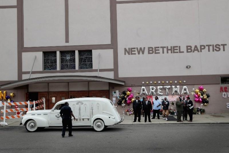Los fans despidieron a Aretha Franklin con una emotiva ceremonia 063_1025339644-600x400
