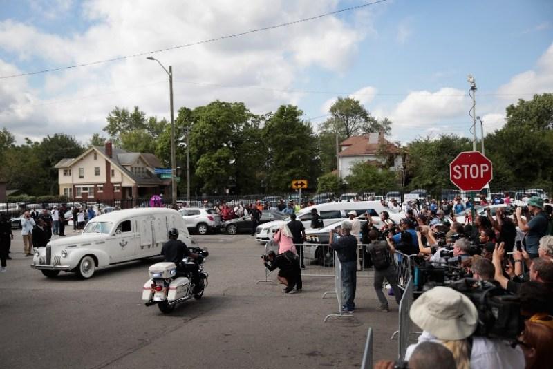 Los fans despidieron a Aretha Franklin con una emotiva ceremonia 063_1025339670-600x400