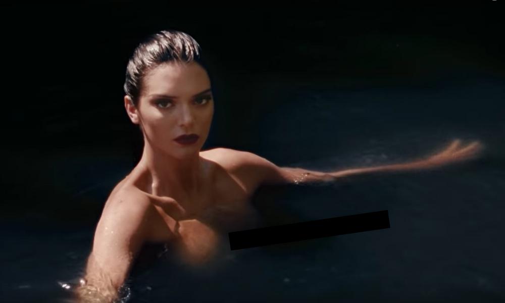 El topless de Kendall Jenner 'desnuda' su lado más natural Topless-de-Kendall-Jenner-1