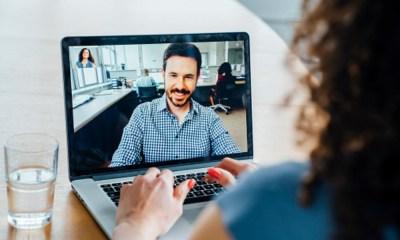 Facebook lanza pantalla para hacer videollamadas