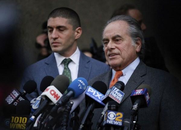 Juez niega anular cargos contra Harvey Weinstein e irá a juicio 000_1BQ845-600x430