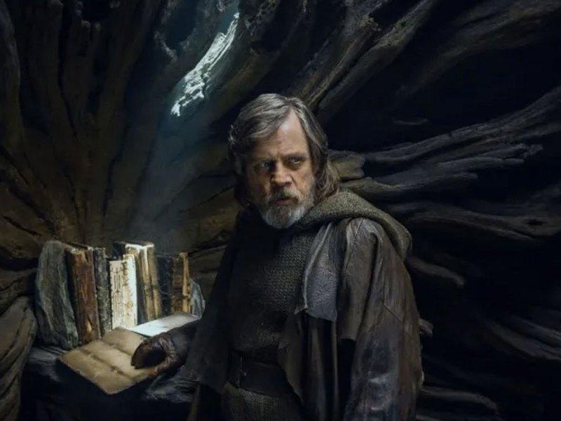 Mark Hamill comparó 'Star Wars' con la CIA