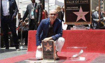 Pitbull plasmó sus huellas en Hollywood