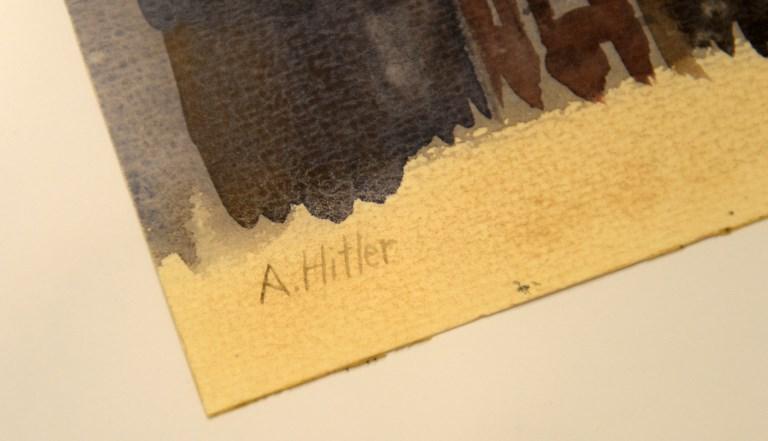 Ni en pintura lo quieren ver: Fracasa subasta de cuadros de Hitler 000_1D54RS