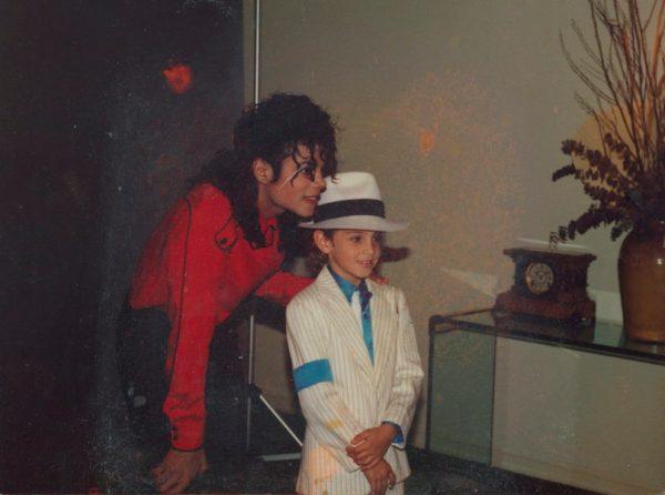 Estos fueron los niños que denunciaron a Michael Jackson por abuso Dejando-Neverland-6-600x446