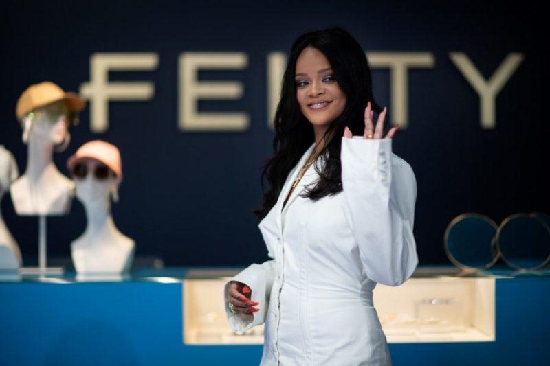 Rihanna quiere revolucionar la moda para empoderar a la mujer 000_1GS6BE