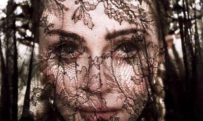 video de 'Dark Ballet'